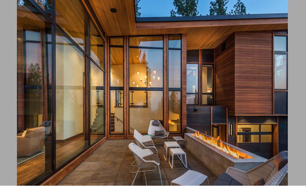 Contractor: Loverde Builders Interiors: Sarah Jones Interior Design + Walton Architecture + Engineering Photography: Vance Fox Square Footage: 4,545 sf bedrooms: 4 bathrooms: 5.5