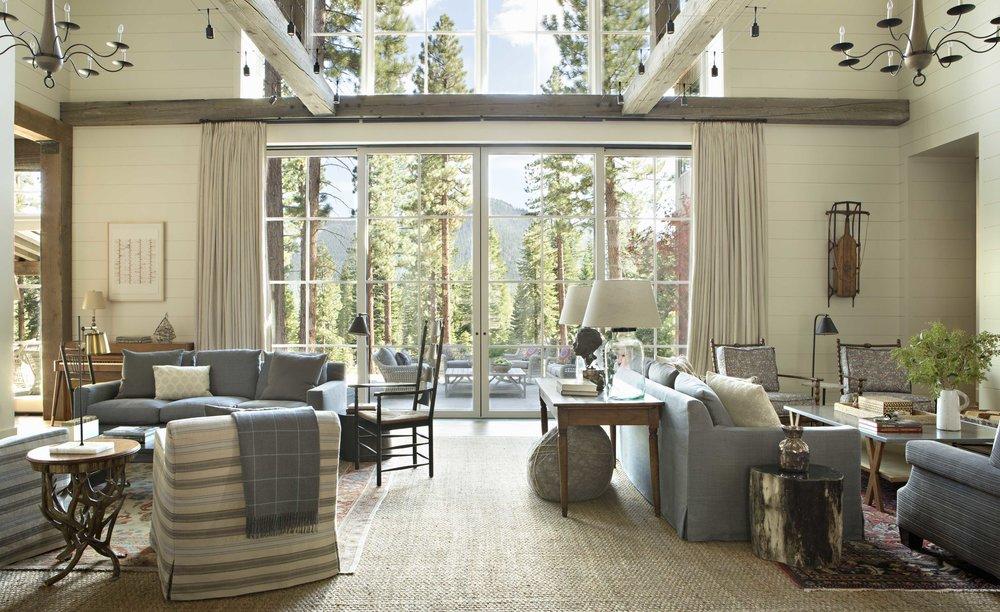 Contractor: Heslin Construction Interiors: Matt O'Dorisio + Walton Architecture + Engineering Photography: Karyn R. Millet Square Footage: 7,281 sf bedrooms: 6 bathrooms: 7.5