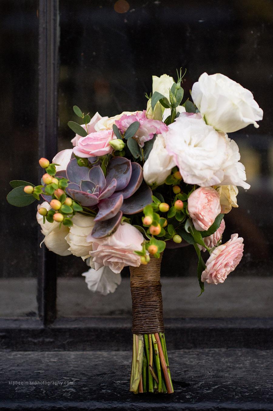 floralsucclentbouquet.jpg