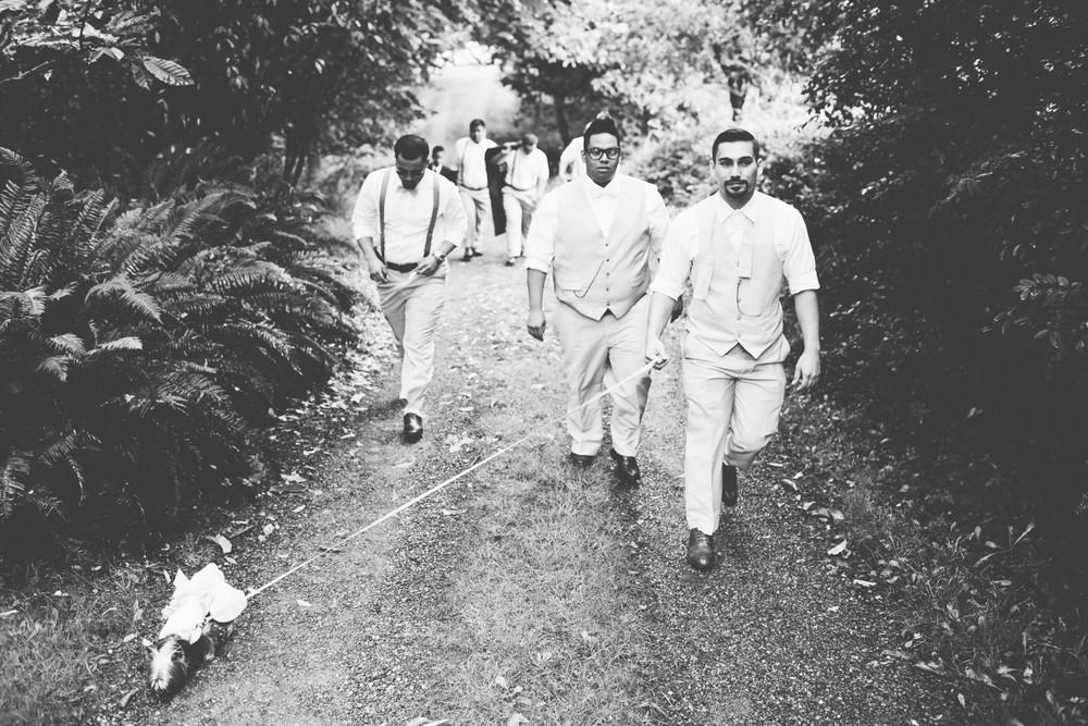 groomsmenwalk.jpg