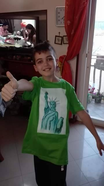 T-shirt with Statue of Liberty art