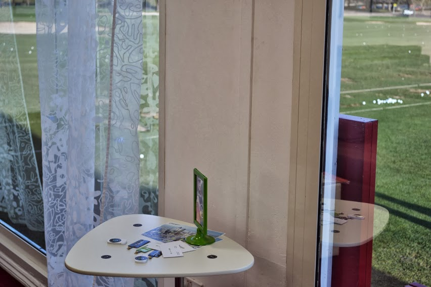 wireless phone charging dubai chargifi european tour players lounge