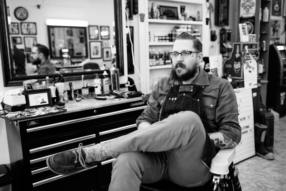 nickdinatale_wilfreds_barbershop (8 of 26).jpg