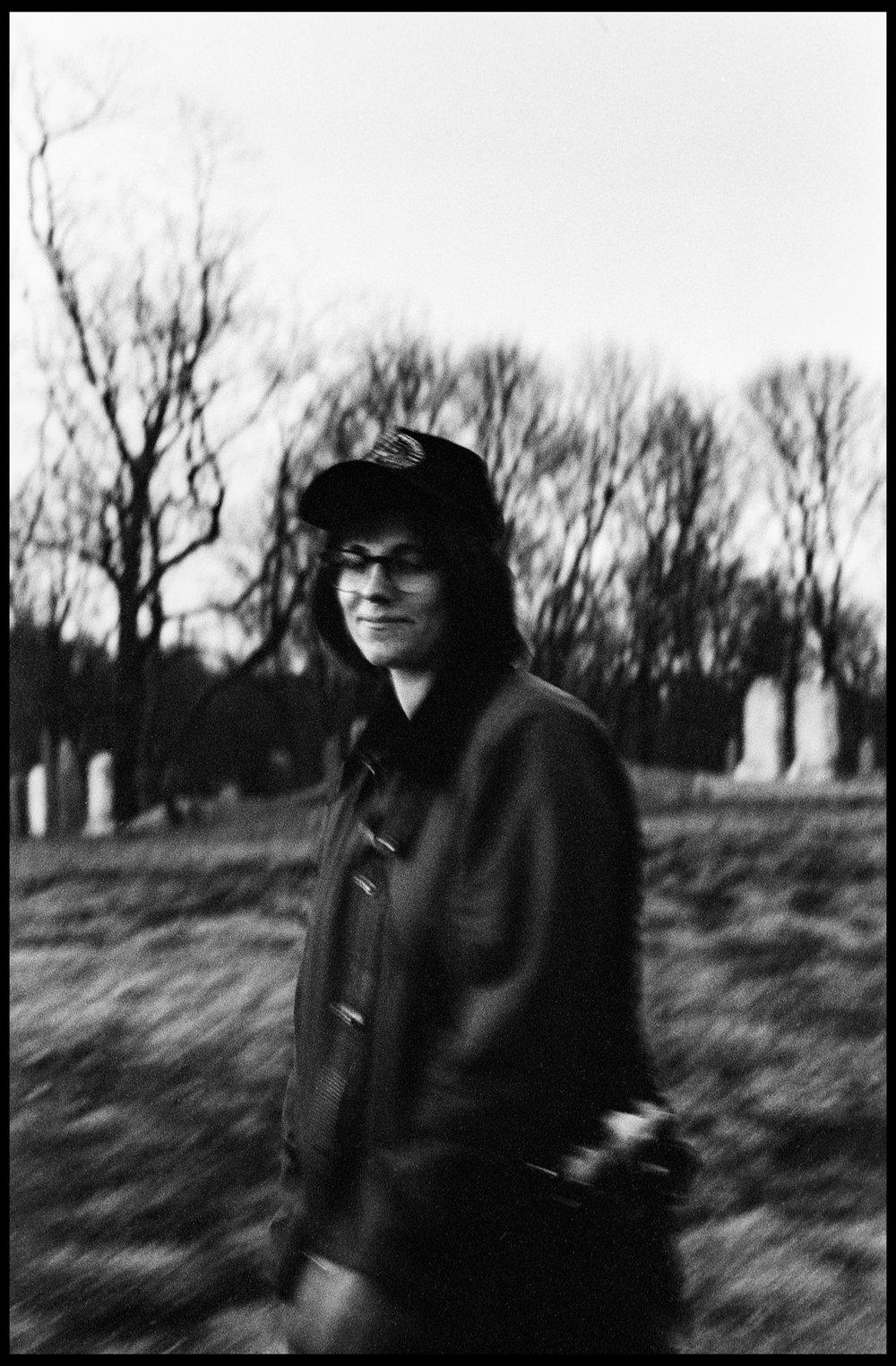 nick dinatale_mollie_portrait_marblehead_35mm film leica-1.jpg