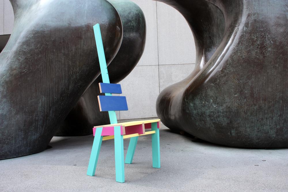 Chair DeBanel in front of Henry Moore