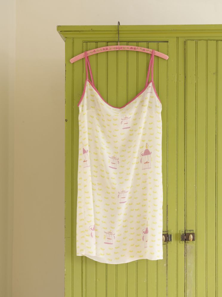 hrprints.nightgown_00007.jpg