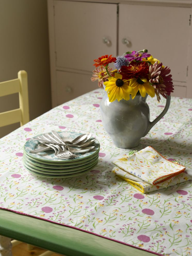 hrprints.tableset_00012.jpg