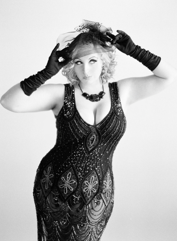 Queenie_002.jpg