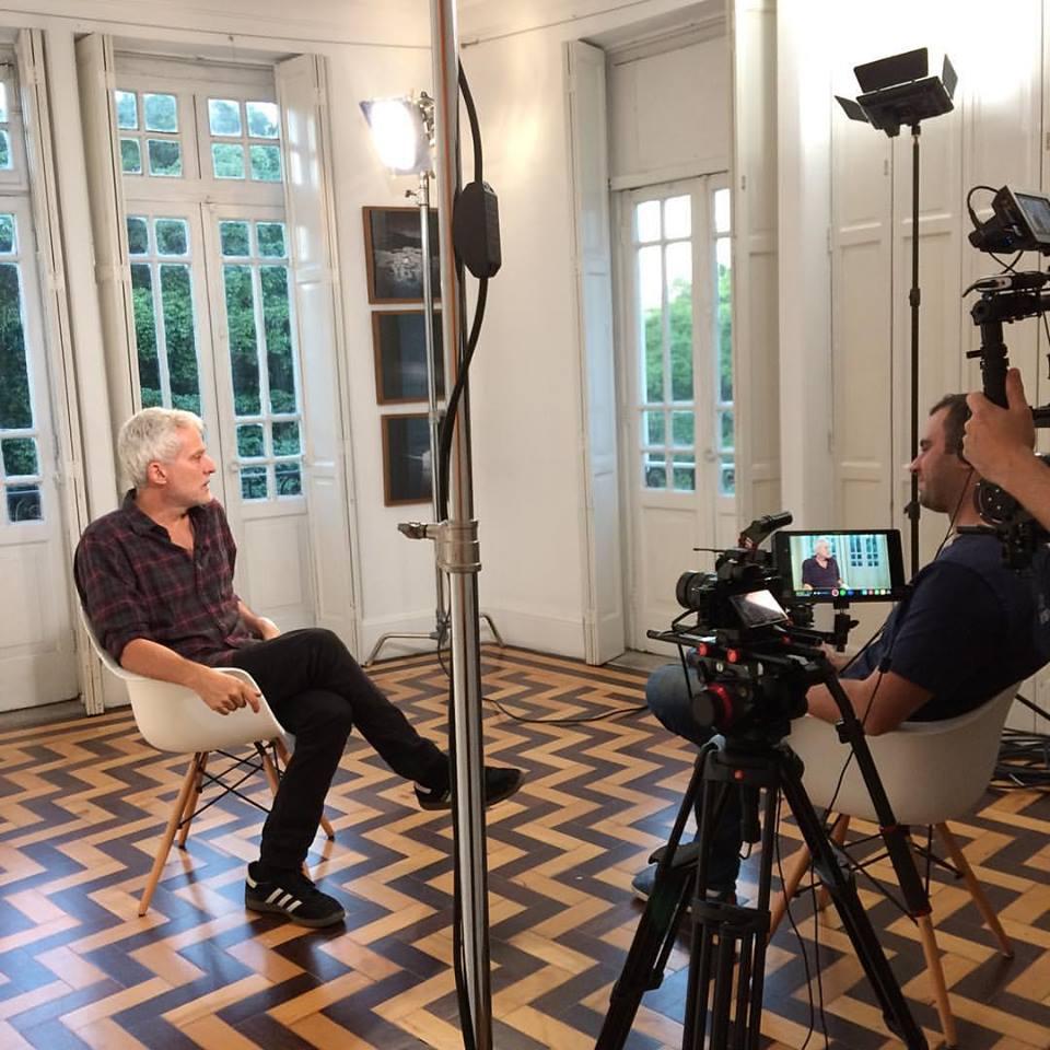 Buno Veiga sendo entrevistado para o programa No Olhar | 1/junho