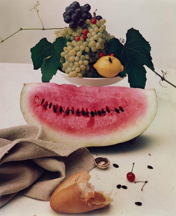 "Still life, por Irving Penn -""Natureza Morta com Melancia"" de 1947"