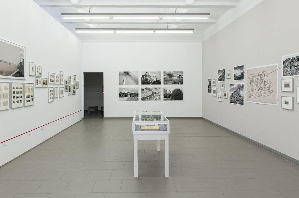 """Sala """"Brasilien""""; à direita, parte da parede """"Itatiaia"""" (foto Gerhard Haug)"""