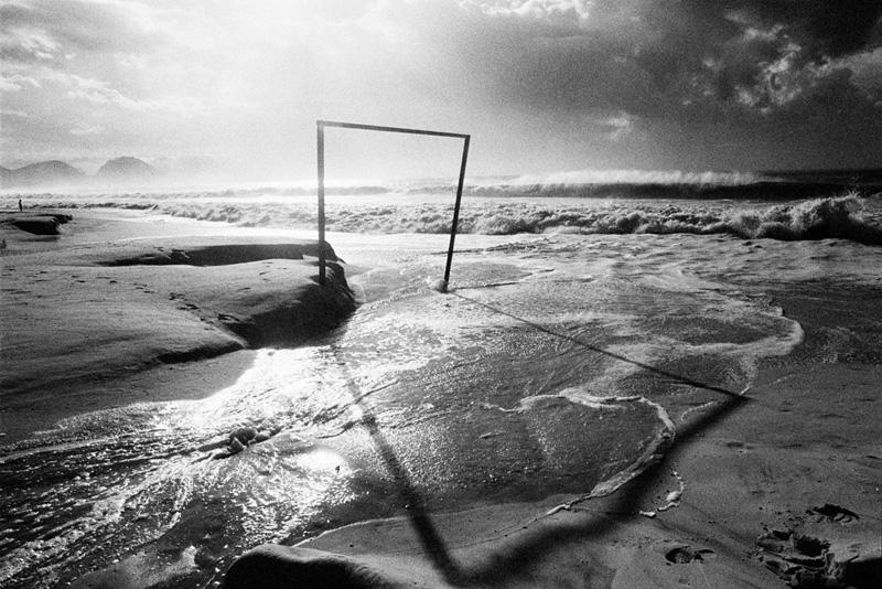 gol-2-onda-praia-copacabana-kittyparanagua.jpg