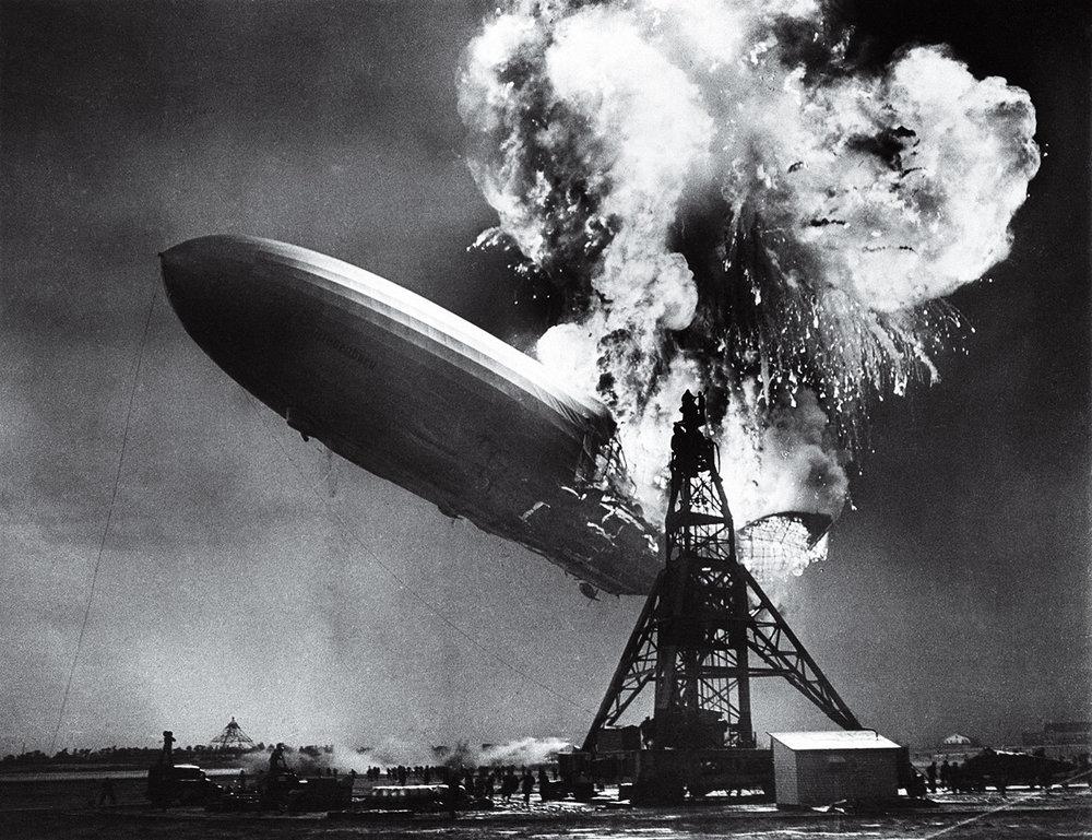 Difícil de acreditar, mas nem todos que estavam a bordo morreram. O Hindenburg era um colosso dos ares, medindo o equivalente a quatro Boeings 747.
