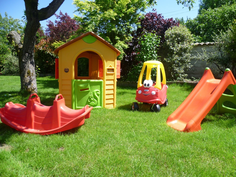 Garden Children Play.jpg