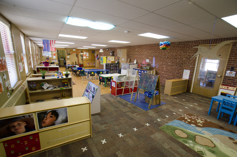 Science, art, music, reading, make-believe and more all have a home in our preschool classroom.