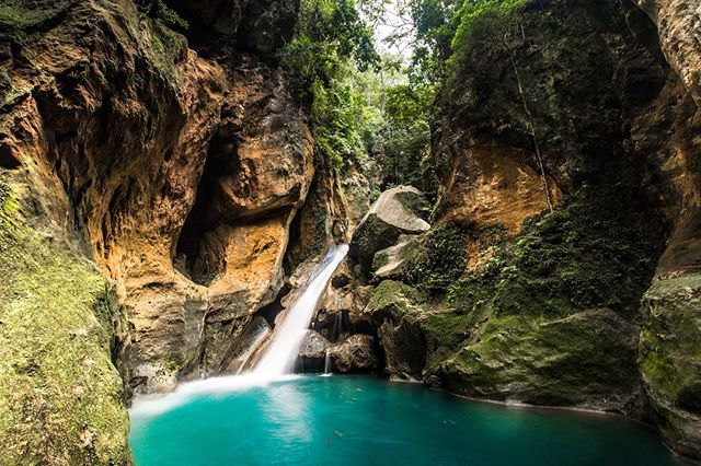 Bassin bleu  #haiti #exploretocreate #explorationgram #killeverygram #waterfall #exploreeverything #peacelover