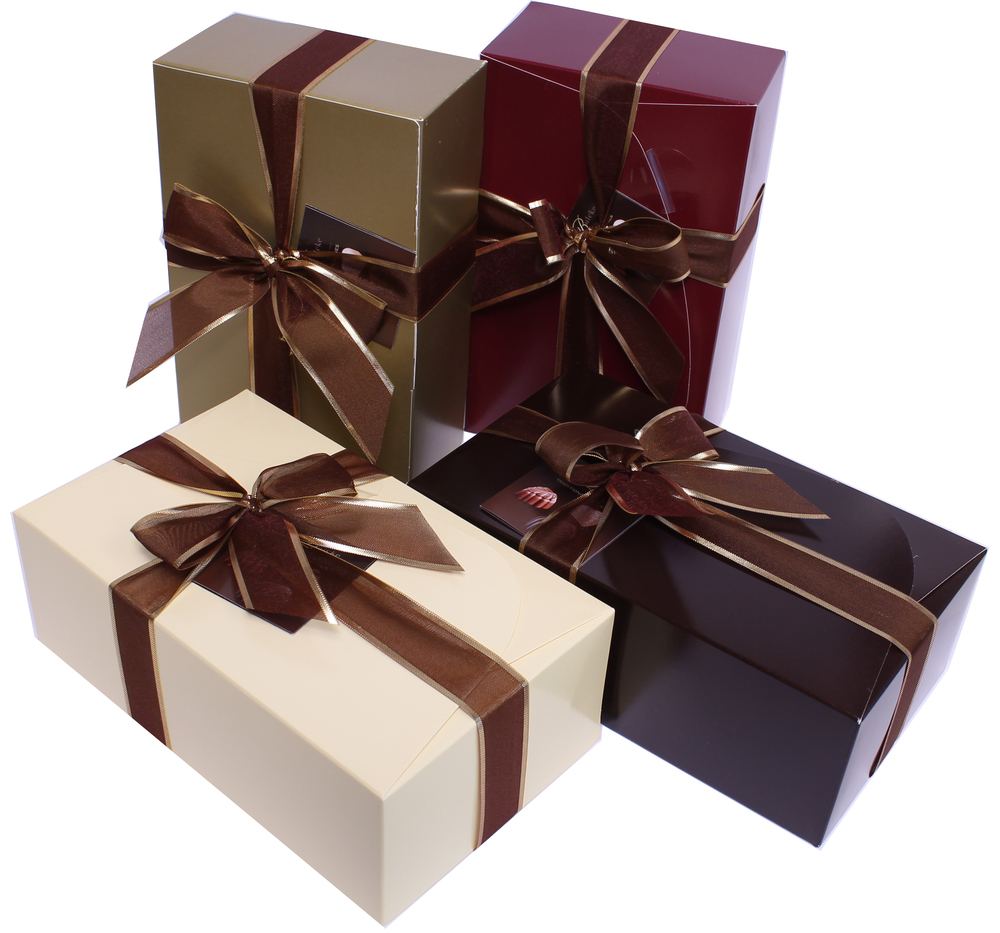 VANDENBULCKE RIBBON BOX ASSORTED CHOCOLATE