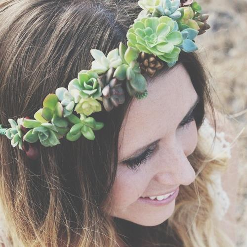 DIY Succulent Crown