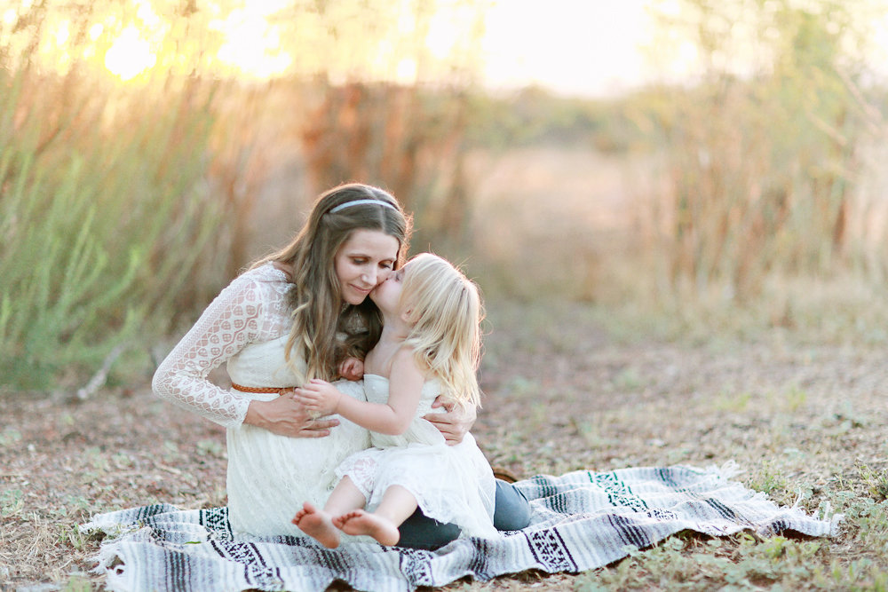 maternity-photos-brookealiceonphotography-needlesandleaves-net.jpg