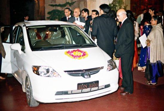 Rukhsati3_Car.jpg