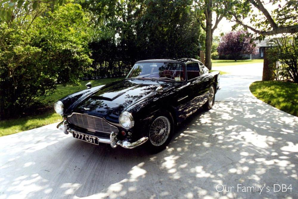 1962 Aston Martin DB4.jpg