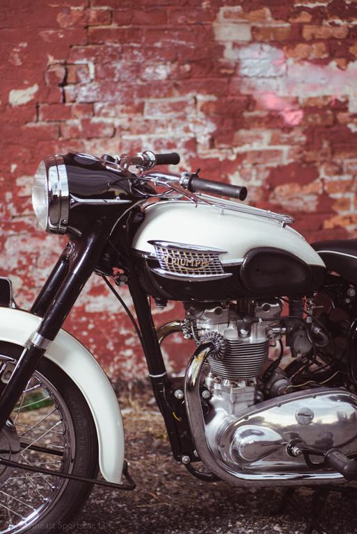 1959 Tiger T100_0053-2.jpg