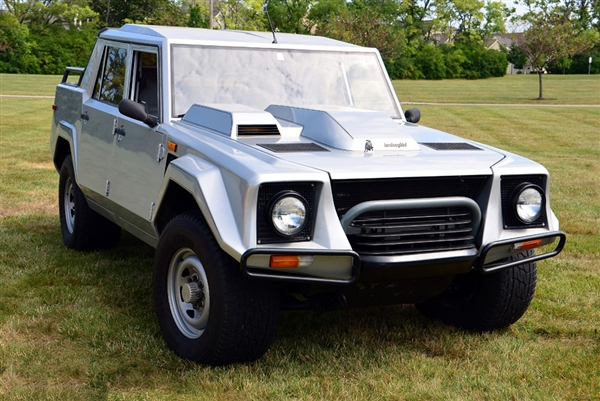 1987 Lamborghini LM002 US specifications