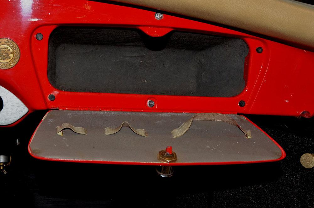1958B_Porsche_356_Red_029.jpg