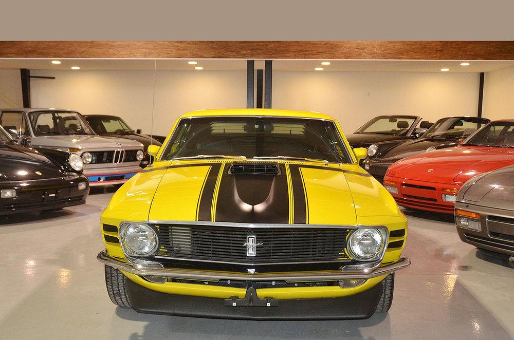 1970B_Ford_Mustang_Boss_302_Yellow_001a.jpg