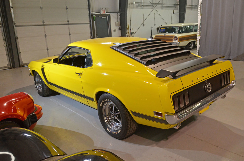 1970B_Ford_Mustang_Boss_302_Yellow_006.jpg