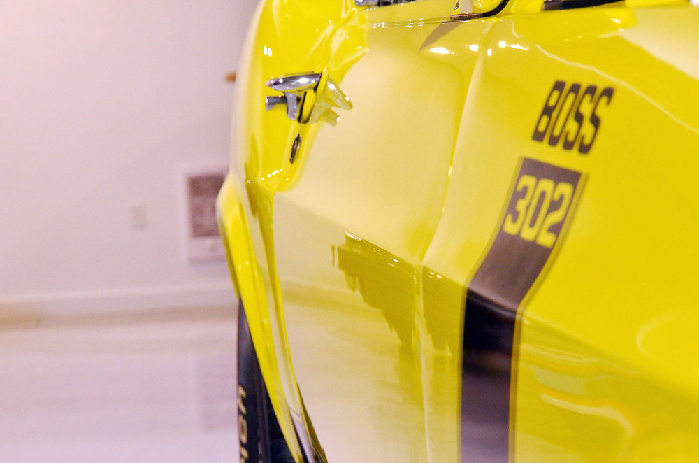 1970B_Ford_Mustang_Boss_302_Yellow_010.jpg