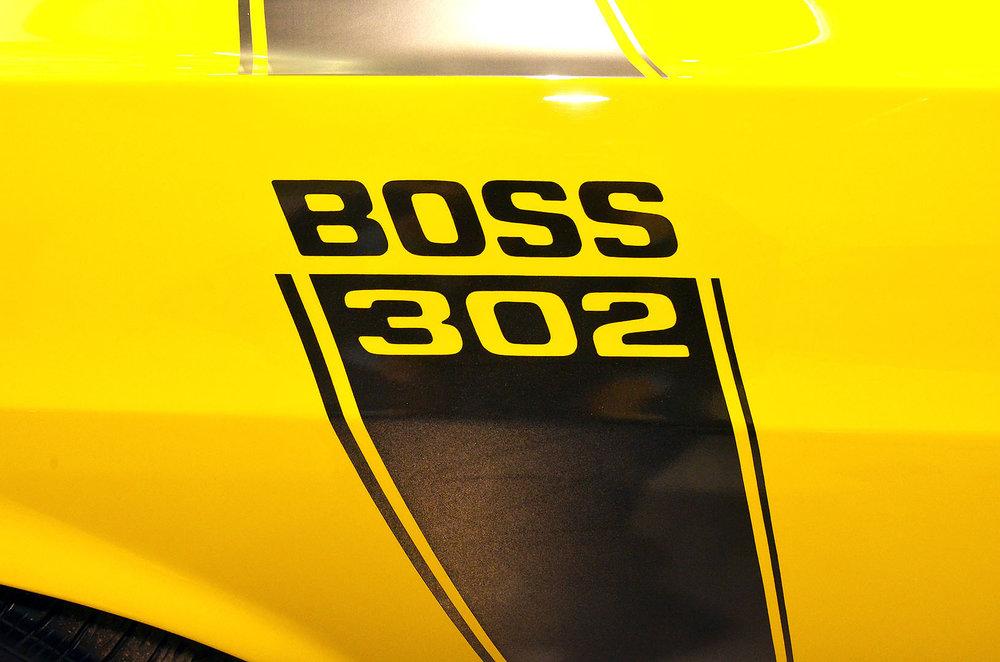 1970B_Ford_Mustang_Boss_302_Yellow_011.jpg