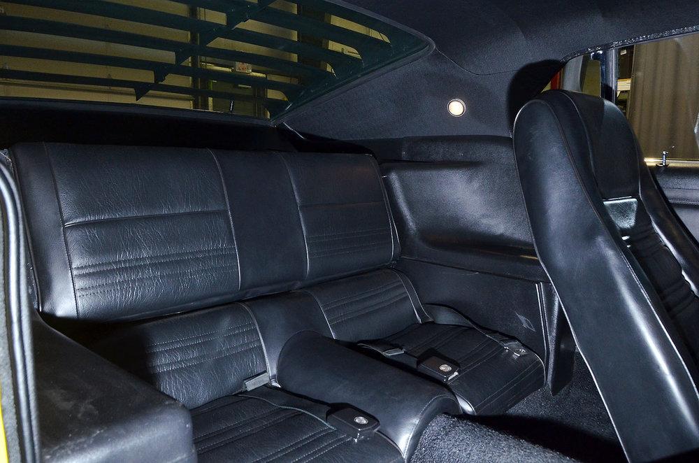 1970B_Ford_Mustang_Boss_302_Yellow_030.jpg