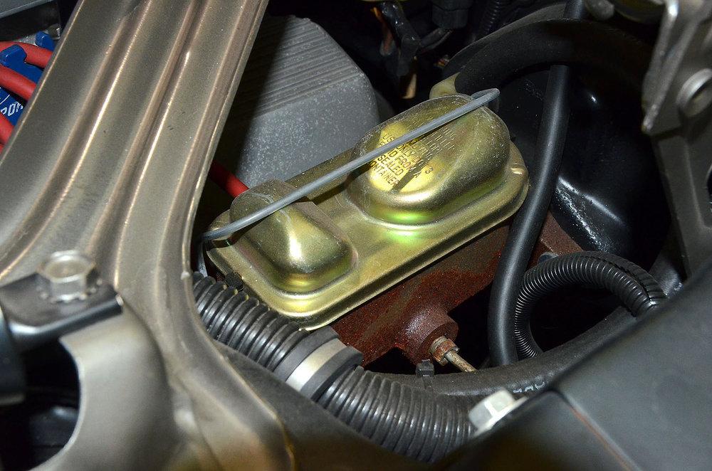 1970B_Ford_Mustang_Boss_302_Yellow_040.jpg