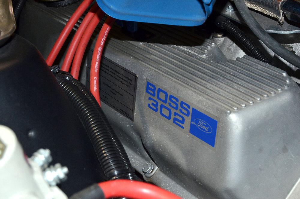 1970B_Ford_Mustang_Boss_302_Yellow_043.jpg