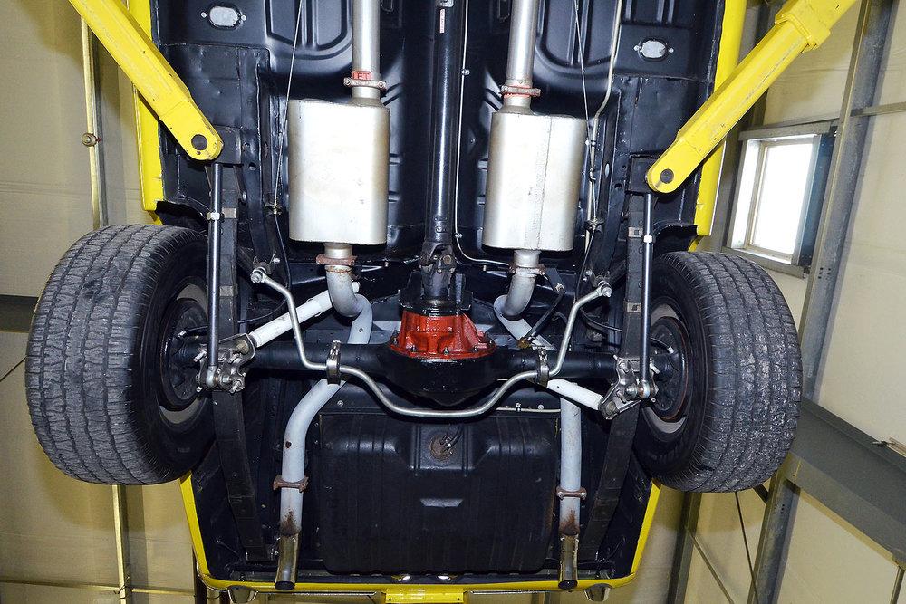 1970B_Ford_Mustang_Boss_302_Yellow_047.jpg