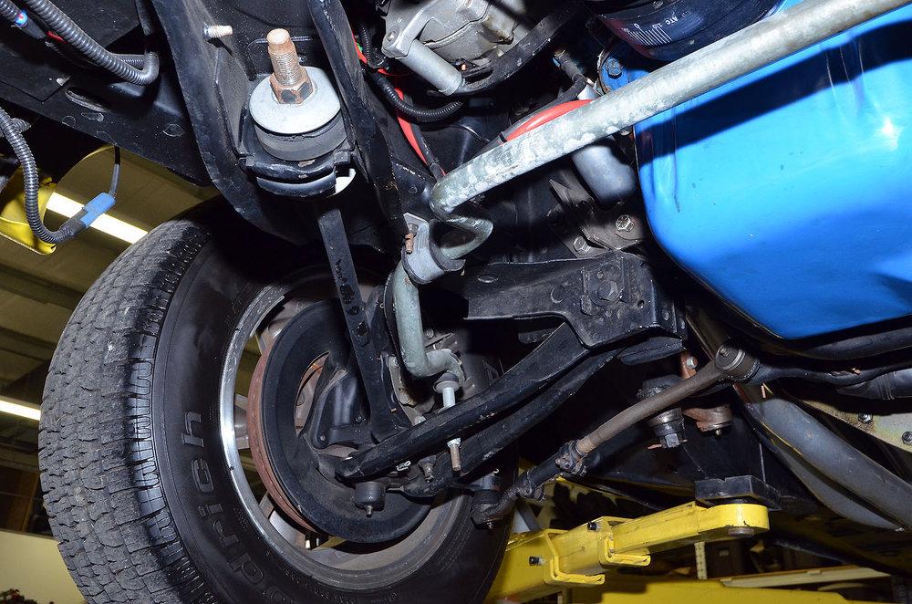 1970B_Ford_Mustang_Boss_302_Yellow_051.jpg