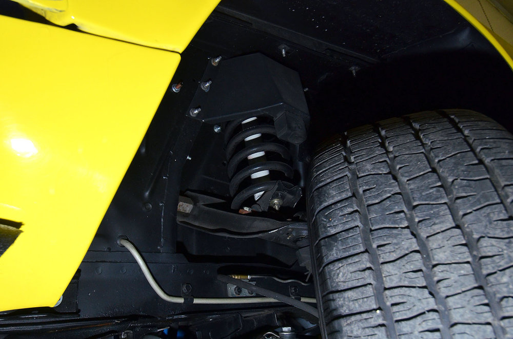 1970B_Ford_Mustang_Boss_302_Yellow_054.jpg