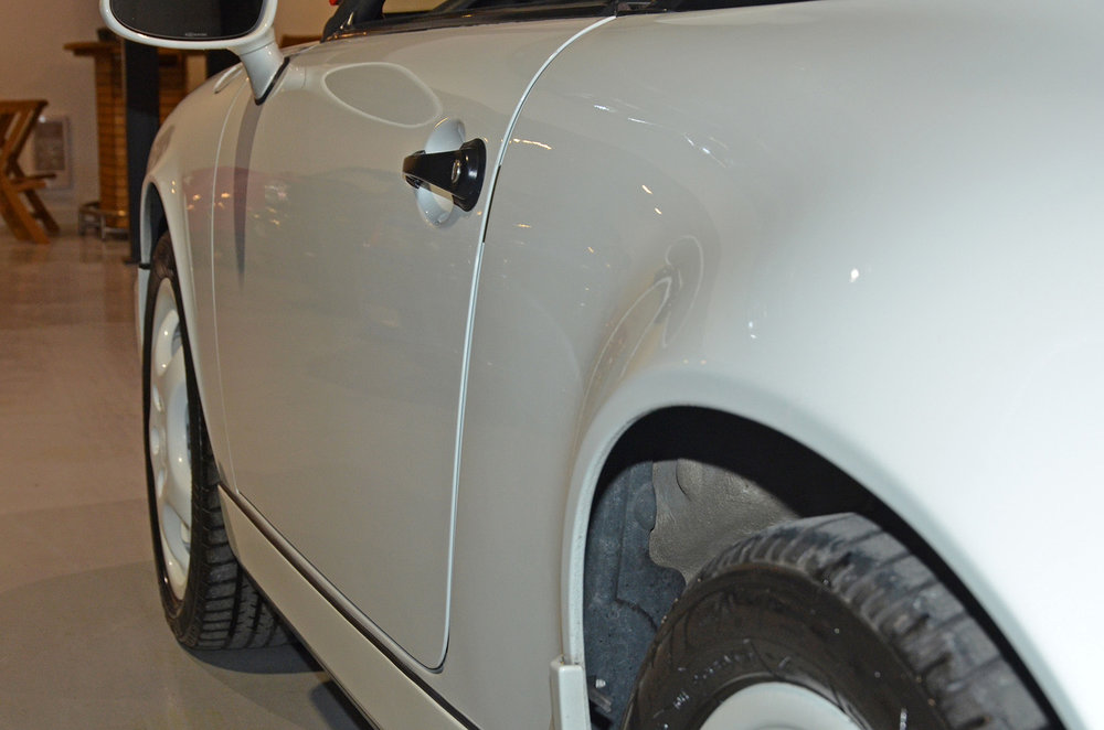 1994B_Porsche_964_Speedster_White_20150607_16.jpg
