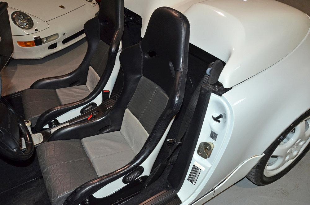 1994B_Porsche_964_Speedster_White_20150607_25.jpg