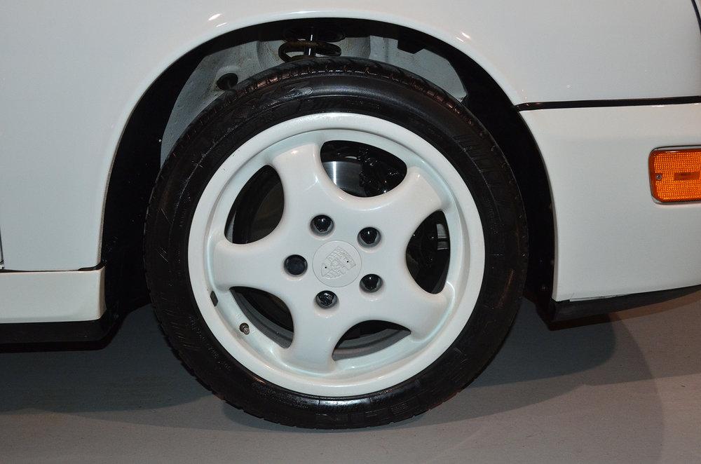 1994B_Porsche_964_Speedster_White_20150607_45.jpg