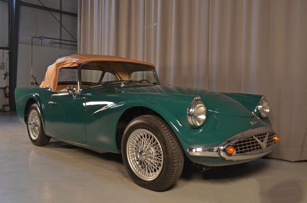 1963C_Daimler_SP250_Dart_Green_002.jpg