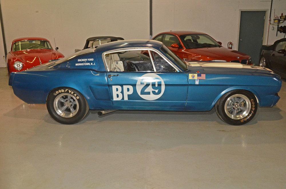 1966C_Mustang_Shelby_GT350_race_car_blue_003.jpg