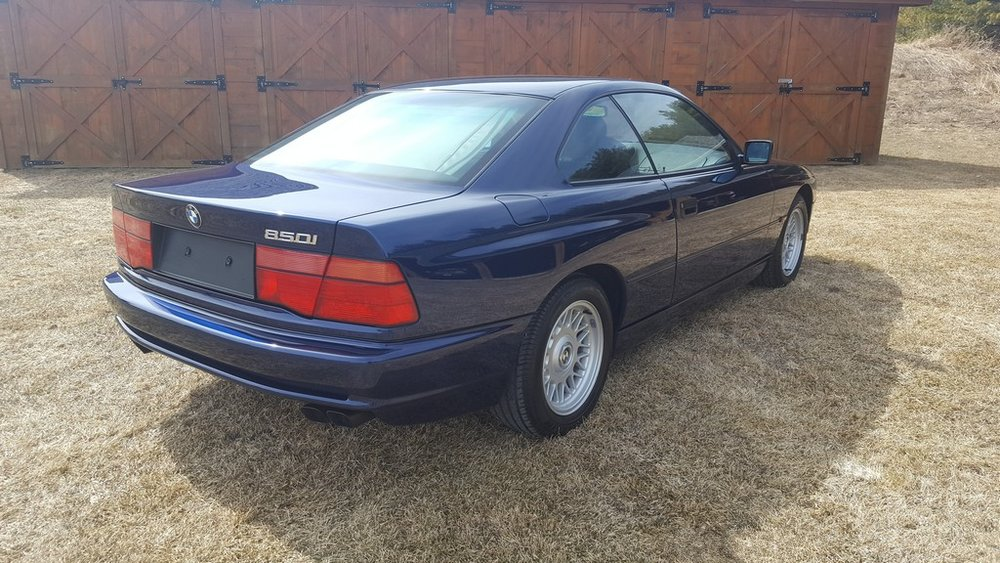 1992F-BMW-850i-12.jpg