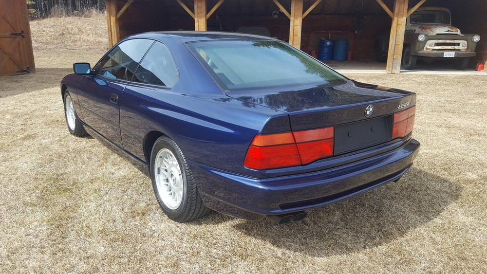 1992F-BMW-850i-14.jpg