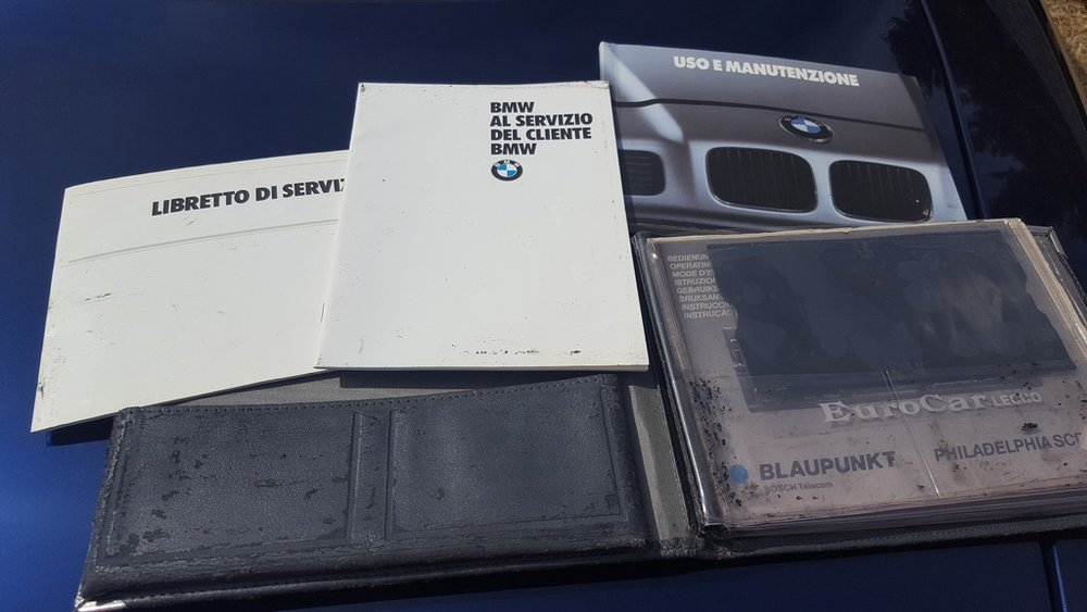1992F-BMW-850i-17.jpg