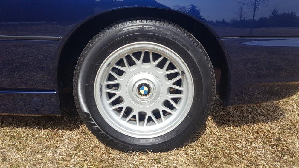 1992F-BMW-850i-22.jpg