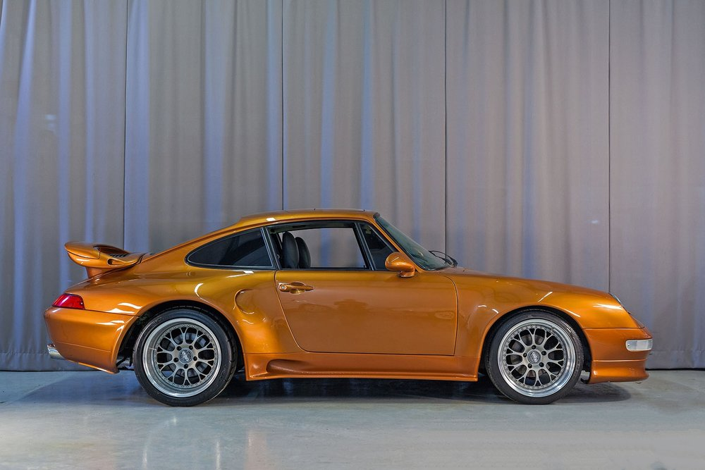 1977C_Porsche_911_Bronze_001.jpg