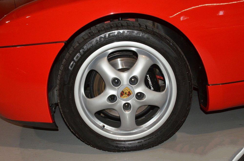 1993F_Porsche_968_red_cabriolet_010.jpg