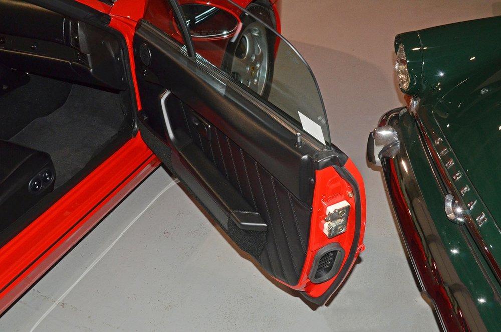 1993F_Porsche_968_red_cabriolet_017.jpg